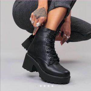fb46aed324f Koi Footwear